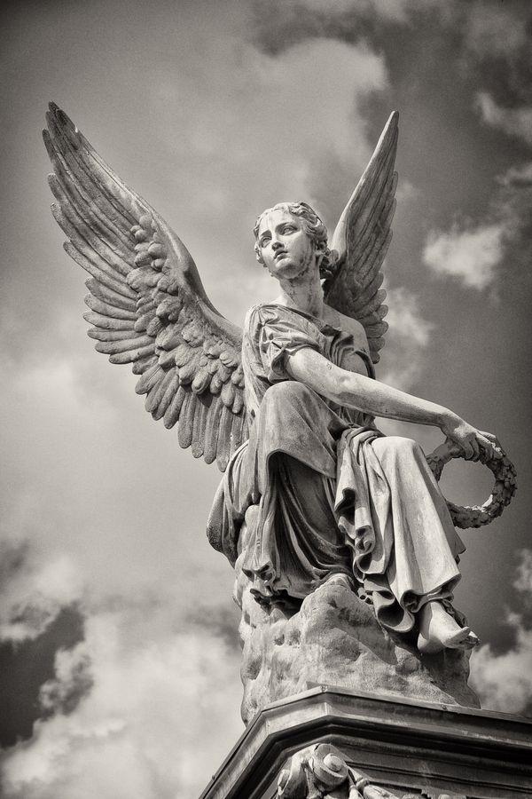 greek-angel
